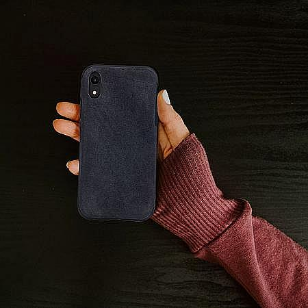 Apple-iPhone-xs-wildleder-cover.jpeg